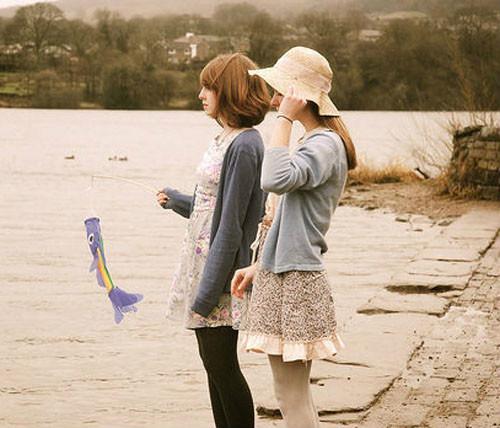 段时光 两个女孩