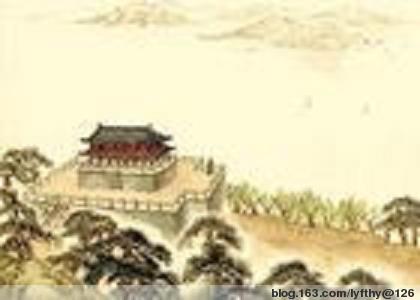 武汉黄鹤楼,乃是中国四大名楼之一,它雄浑稳健,拔地而起,翘角凌空,如同黄鹤腾飞,铺满了黄色的琉璃瓦,在日光的映照下,焕发着异样的光彩。据说,它始建于三国东吴黄武二年,乃是孙权所筑故城,城西临大江,江南角因矶为楼,名黄鹤楼。不过,对于它的得名,还有另一个动人的传说,说是三国时代,蜀汉有一个大臣名叫费祎,曾经在此处飞升成仙,后来,又忽然乘着黄鹤归来,所以,这楼才会被命名为黄鹤楼。