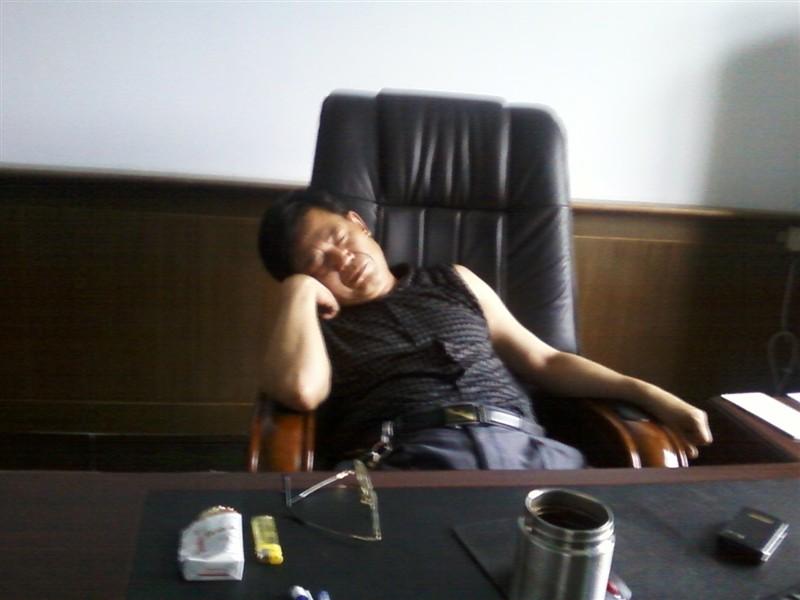 卢梭曾说:童年是理智的睡眠