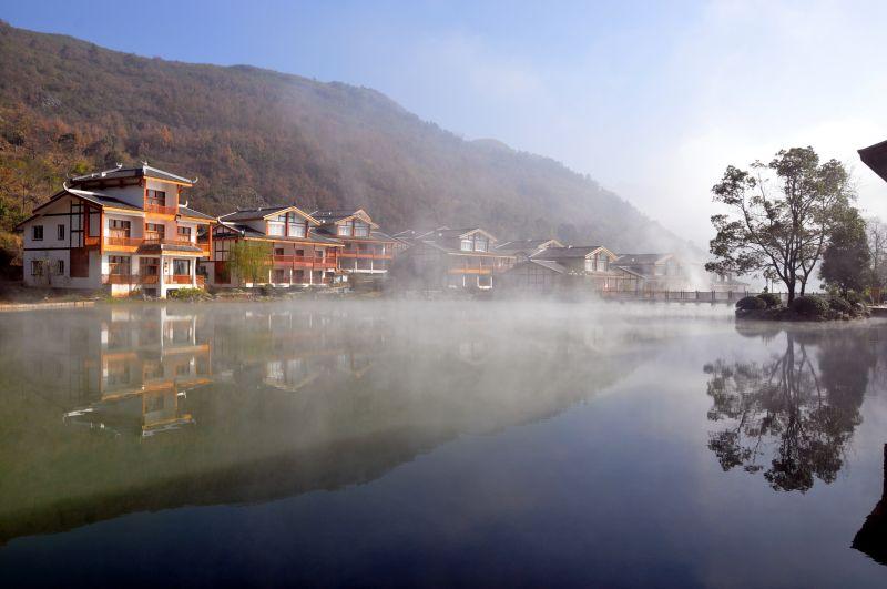 壁纸 风景 古镇 建筑 旅游 山水 摄影 桌面 800_531
