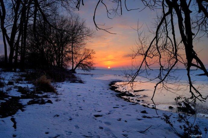 暖色色铅风景画