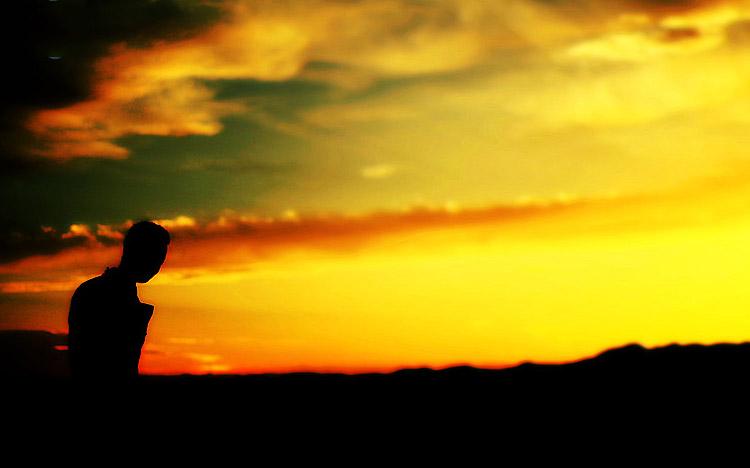 男生夕陽側臉背影頭像圖片