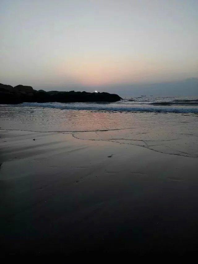 【轻舞】第一次海边观日出(散文)