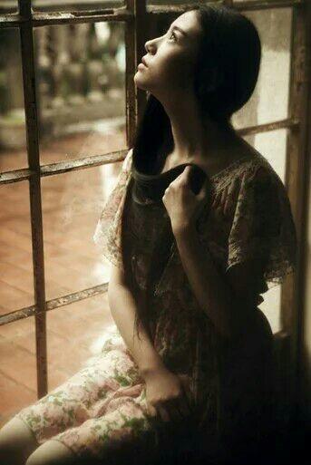 或许,人生本是一场迷茫的梦,带弟她只愿守着她的梦长醉不醒.