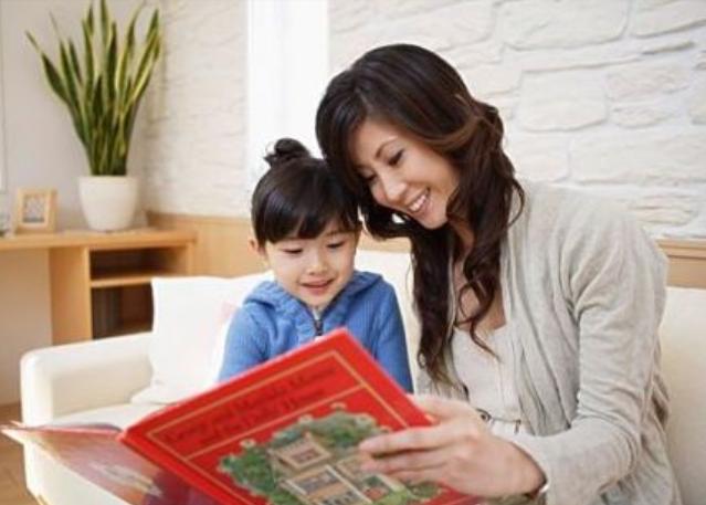【八一】用一本书陪伴孩子的成长(随笔·家园)