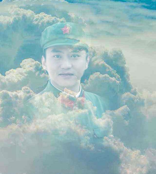 【八一】印在云朵上的笑(小说·旗帜)