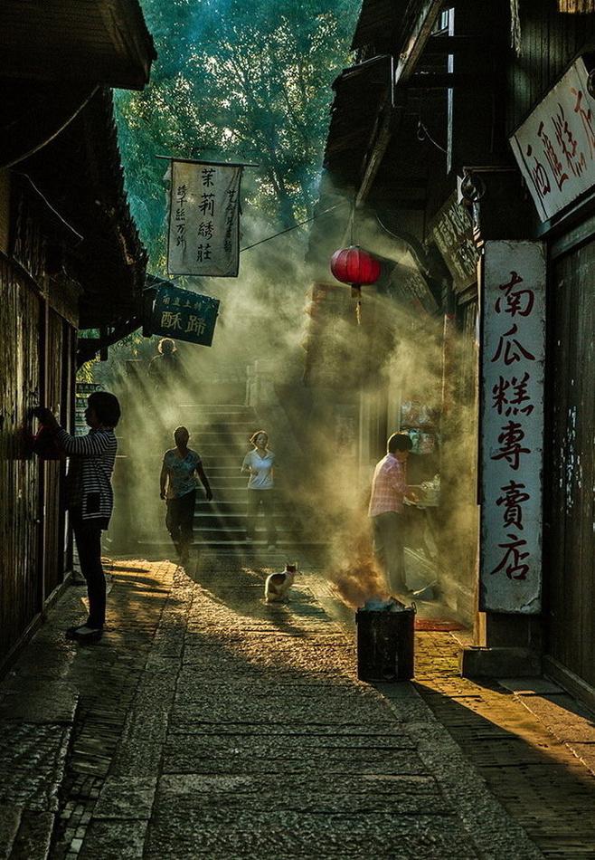 【晓荷·家国天下】风居住的街道(小说)