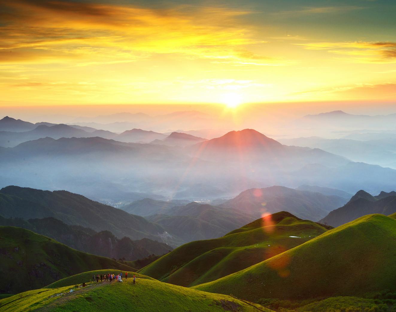 【江山·成长】【时光】江山,一座高耸的精神灯塔(诗歌)